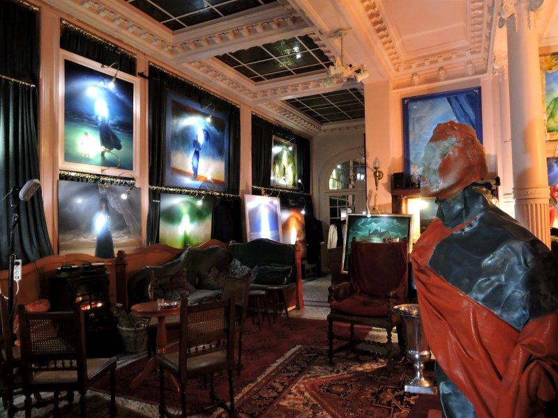 Lucifernum – Bruges' most bizarre nightspot
