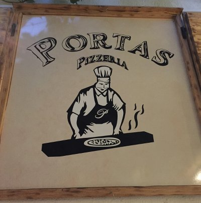 Portas for yummy pasta (and wifi)