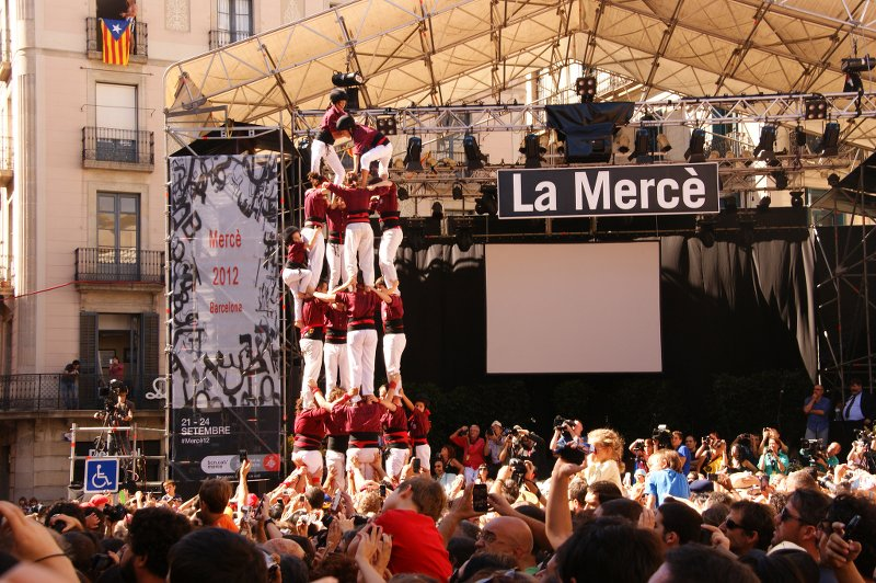 Castellers at La Mercè, Barcelona via Flickr by Stasiu Tomczak (CC BY 2.0)
