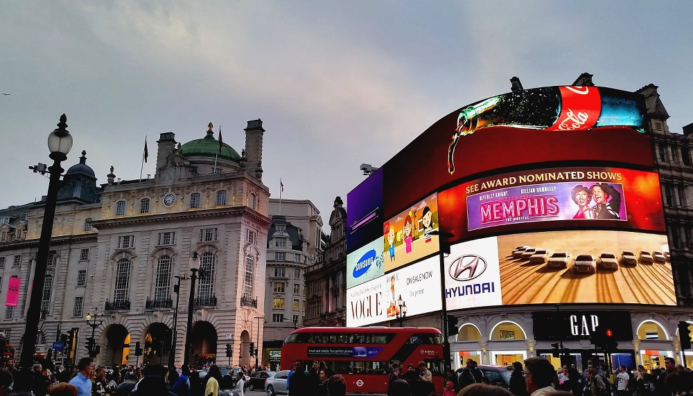 Piccadilly Square is a favourite for travellers