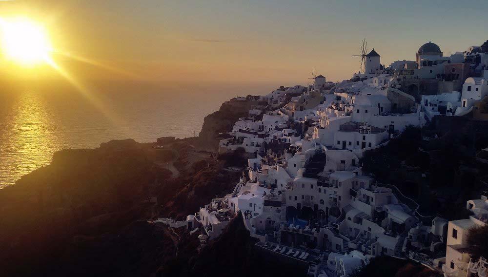 Getting the Perfect Photo in Santorini