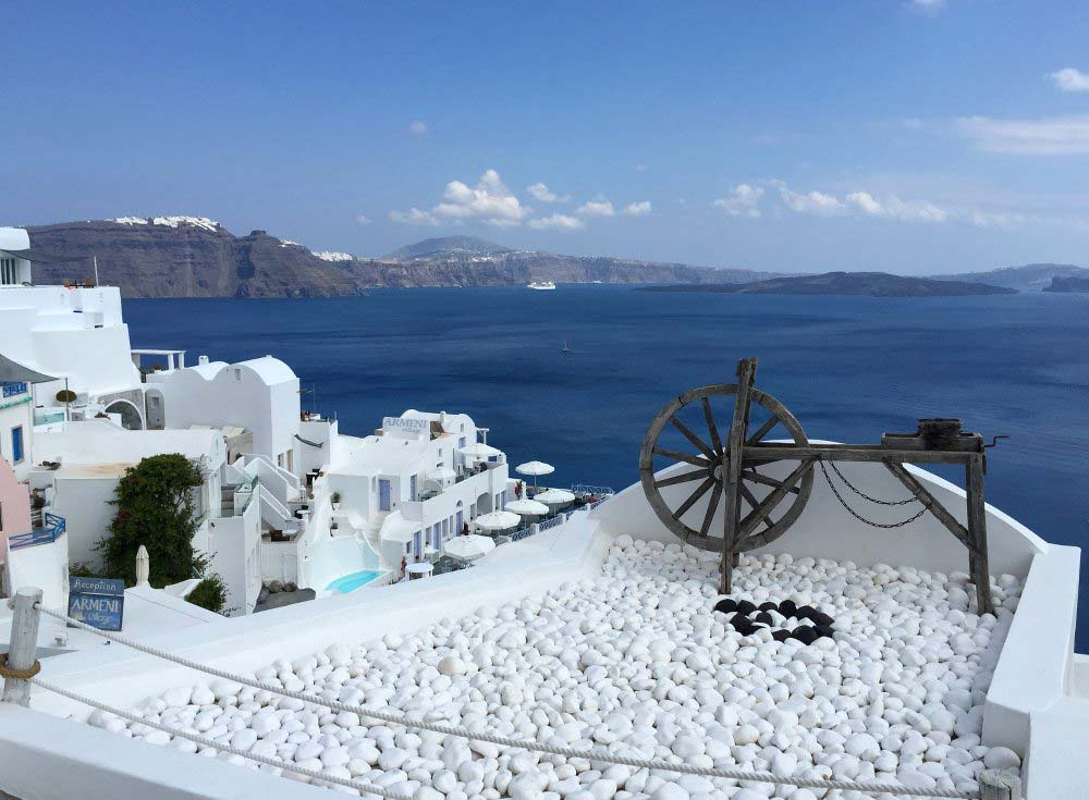 The clean, crisp colours of Santorini are perfect for photos