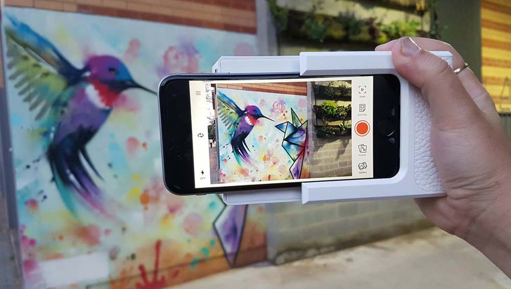 Prynt case review – Augmented reality comes to travel