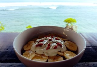 Smoothie bowls with a view at The Inn Possible