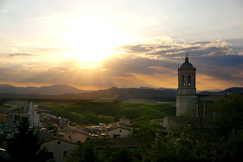 Picturesque sunsets in Girona